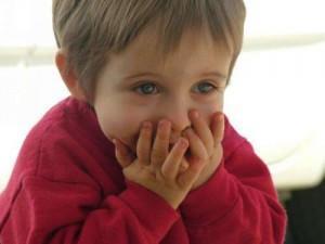 diaforetiko.gr : 7b56290c84afd005b6f1646926454286 M 300x225 Τα 10 πράγματα που δεν πρέπει να λέμε στο παιδί μας