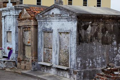 st louis cemetery 13 τρομακτικά μέρη που γυρίστηκαν ταινίες