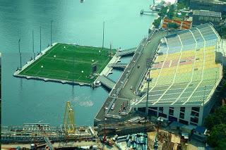 diaforetiko.gr : www.santosight.blogspot1 Κατασκεύασαν γήπεδο ποδοσφαίρου μέσα στη θάλασσα!