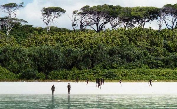 diaforetiko.gr : sentineli beach Το Απαγορευμένο Νησί!!!