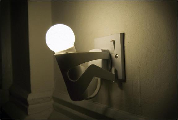 diaforetiko.gr : 011 ΑΠΙΣΤΕΥΤΟ: Δείτε τι συμβαίνει όταν κοιμόμαστε με φως