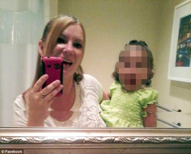 ελεύθερα μαμά κόρη λεσβιακό βίντεο μαύρο cum στο λευκό μουνί