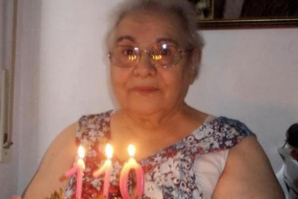 diaforetiko.gr : 212 600x401 Γιαγιά 110 ετών ζήτησε για δώρο Χριστουγέννων… προφίλ στο Facebook!