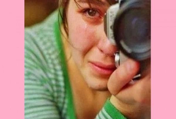 diaforetiko.gr : diaforetiko.gr fwtografos 600x406 ΣΠΑΡΑΚΤΙΚΟ! Γιατί δεν μπορεί να συγκρατήσει τα δάκρυά της η φωτογράφος;;;