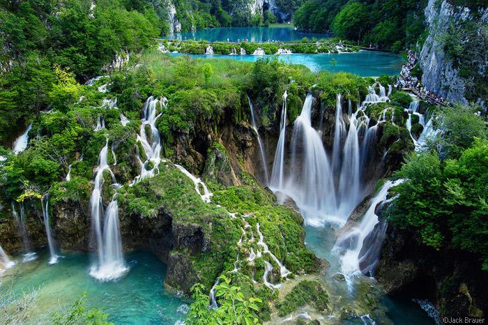 3b853e2ed1a3 Plitvice Lakes  -Ένα μαγευτικό τοπία στην Κροατία της λίστας παγκόσμιας κληρονομιάς  της UNESCO – διαφορετικό