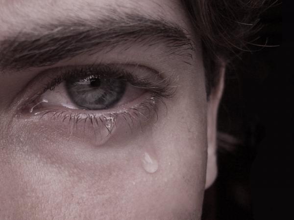 Σε τι διαφέρουν τα δάκρυα λύπης με τα δάκρυα χαράς;