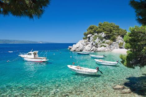 diaforetiko.gr : brela 3 Το άγνωστο ψαροχώρι της Μεσογείου που ζαλίζει με την σπάνια ομορφιά του