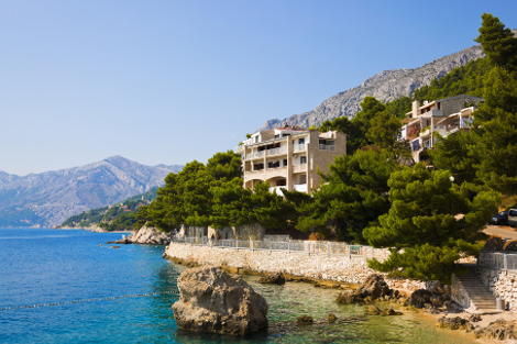 diaforetiko.gr : brela 5 Το άγνωστο ψαροχώρι της Μεσογείου που ζαλίζει με την σπάνια ομορφιά του