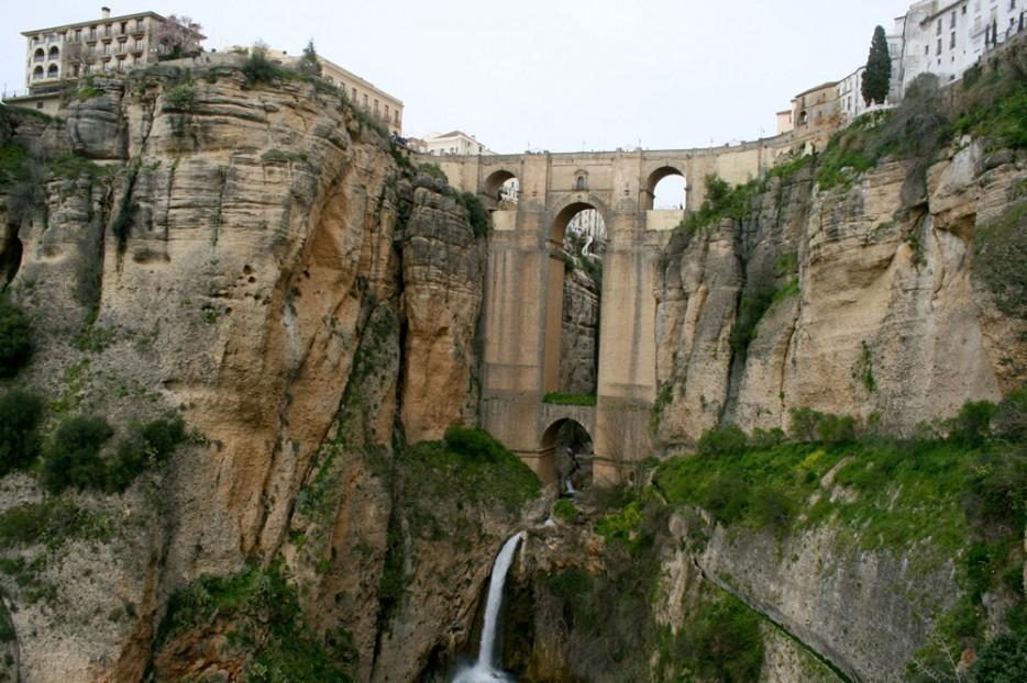 diaforetiko.gr : 1124 934x 35 εκπληκτικές γέφυρες που αποτελούν τον ορισμό του αρχιτεκτονικού αριστουργήματος!  Θαύματα σύγχρονης αρχιτεκτονικής που θα σας μαγέψουν…
