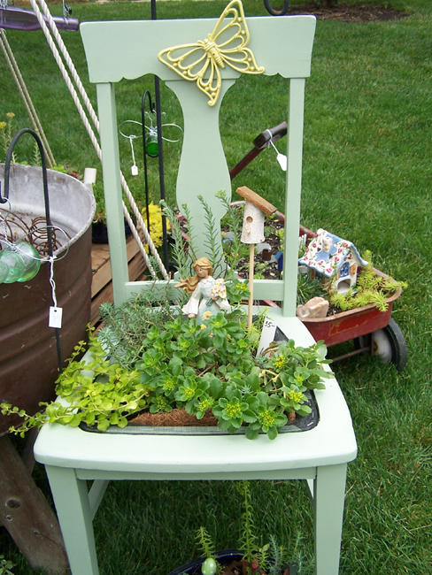 Gr : πρωτότυπες γλάστρες για τα φυτά