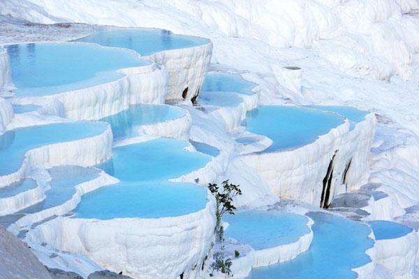 diaforetiko.gr : xroma81 Τοποθεσίες στον πλανήτη με εκπληκτικά χρώματα! Το θαύμα της φύσης στα καλύτερα του…