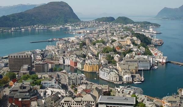 Νορβηγια πολη 600x350 Οι χώρες στις οποίες αξίζει να ζεις! Είναι η Ελλάδα στη λίστα;;;