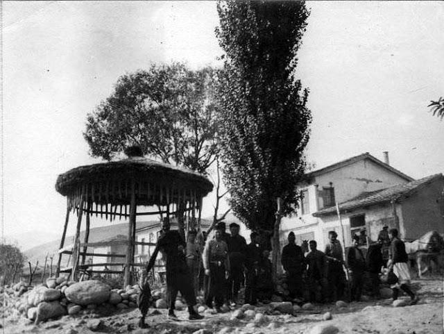 diaforetiko.gr : 1916252c25ce259d25ce25b525ce25b325ce25ba25ce25bf25cf258425cf258325ce25ac25ce25bd25ce25b7252825ce259d25ce25af25ce25ba25ce25b72529252c25ce25a625ce25bb25cf258e25 Σπάνιες ελληνικές φωτογραφίες που σίγουρα δεν έχετε ξαναδεί