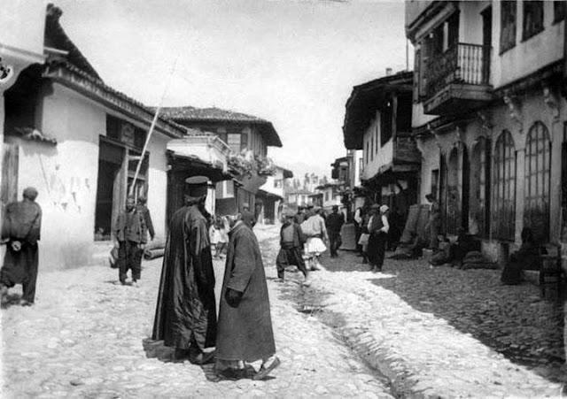 1917 gumendz25c325a9252825ce259325ce25bf25cf258525ce25bc25ce25ad25ce25bd25ce25b925cf258325cf258325ce25b1252925ce259a25ce25b925ce25bb25ce25ba25ce25af25cf2582 Σπάνιες ελληνικές φωτογραφίες που σίγουρα δεν έχετε ξαναδεί