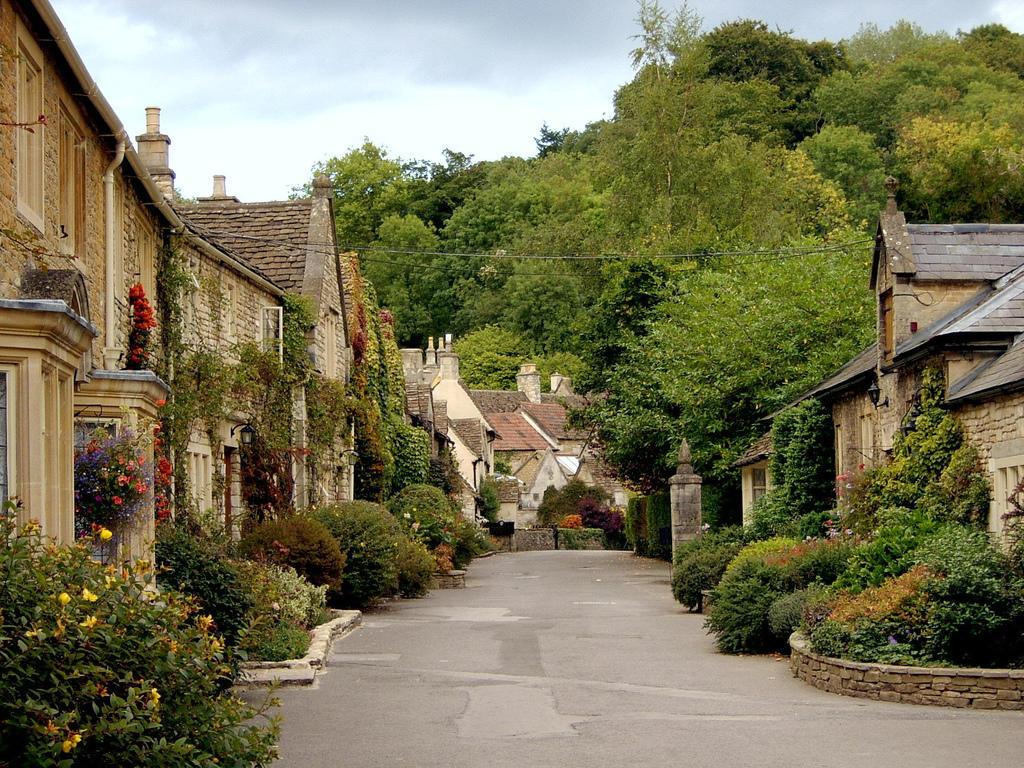 193166044 ac62d9a491 b Πέρα από το Λονδίνο: Αυτά είναι τα τρια πιο παραμυθένια χωριά της Αγγλικής επαρχίας!