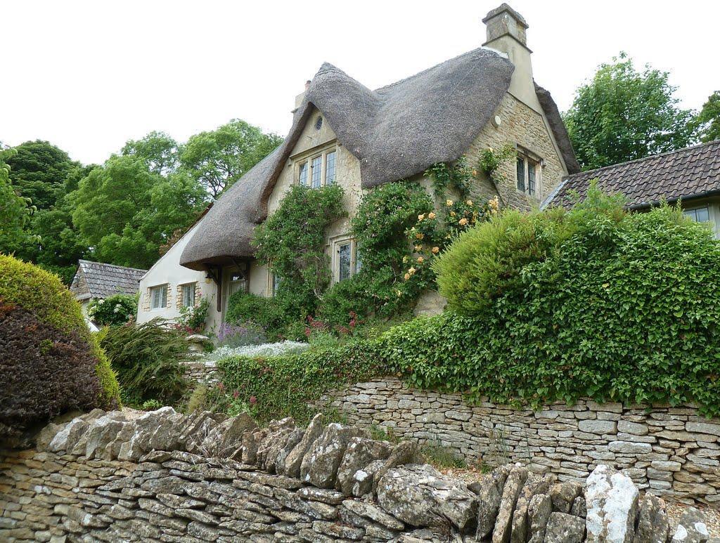 53459200 Πέρα από το Λονδίνο: Αυτά είναι τα τρια πιο παραμυθένια χωριά της Αγγλικής επαρχίας!