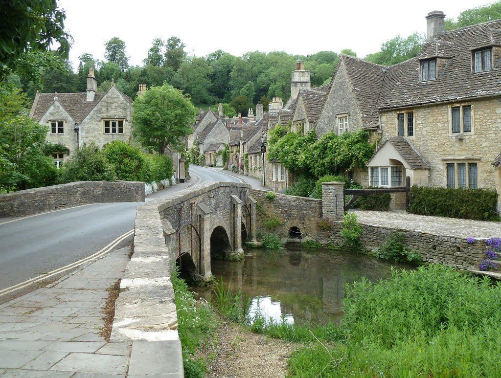 53468619 Πέρα από το Λονδίνο: Αυτά είναι τα τρια πιο παραμυθένια χωριά της Αγγλικής επαρχίας!