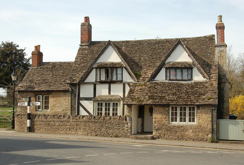 7189372428 34c672bc6a b Πέρα από το Λονδίνο: Αυτά είναι τα τρια πιο παραμυθένια χωριά της Αγγλικής επαρχίας!