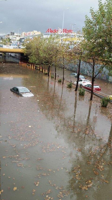 79638 178139 Το φωτορεπορτάζ των πολιτών και η οργή για τις πλημμύρες: «Η Αθήνα βούλιαξε...»