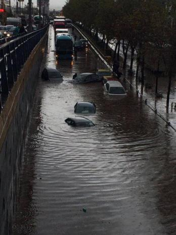 Leoforos Athinon Το φωτορεπορτάζ των πολιτών και η οργή για τις πλημμύρες: «Η Αθήνα βούλιαξε...»