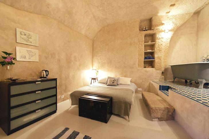 tilestwra.gr : chez4 Πήραν ένα μικρό δάνειο και έφτιαξαν το σπίτι των ονείρων τους μέσα σε μια σπηλιά!