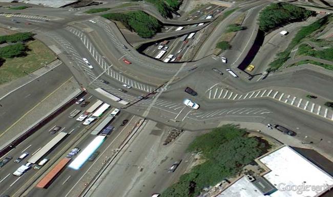 tilestwra.gr : desktop 1412354772 Αν οι δρόμοι έμοιαζαν έστω και λίγο με τις φωτογραφίες τους στο Google Earth, θα το σκεφτόσασταν πολύ να οδηγήσετε ξανά !!!