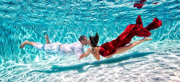 diaforetiko.gr : egkuos nero 590 3 Φανταστικές φωτογραφίες εγκύων κάτω από το νερό!