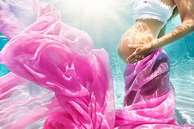 diaforetiko.gr : egkuos nero 590 9 Φανταστικές φωτογραφίες εγκύων κάτω από το νερό!
