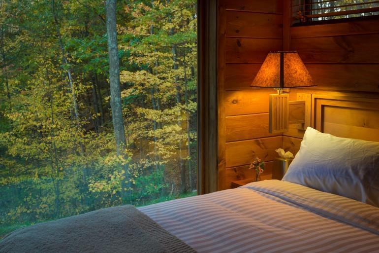 diaforetiko.gr : escape mobile cabin 6 Το σπίτι των ονείρων σας: Μοιάζει με μια παλιά ξύλινη καλύβα των 47 τ.μ.... αλλά στο εσωτερικό της κρύβεται ένα διακοσμητικό θαύμα!!!