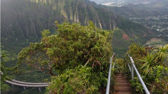 tilestwra.gr : f1 stairs Οι 10 πιο τρομακτικές σκάλες του κόσμου! Για να τις περπατήσεις θα πρέπει να το λέει η καρδιά σου