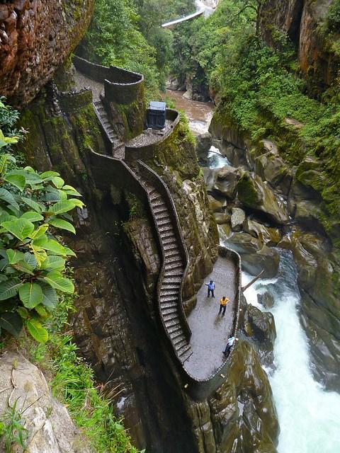 tilestwra.gr : f4 stairs Οι 10 πιο τρομακτικές σκάλες του κόσμου! Για να τις περπατήσεις θα πρέπει να το λέει η καρδιά σου