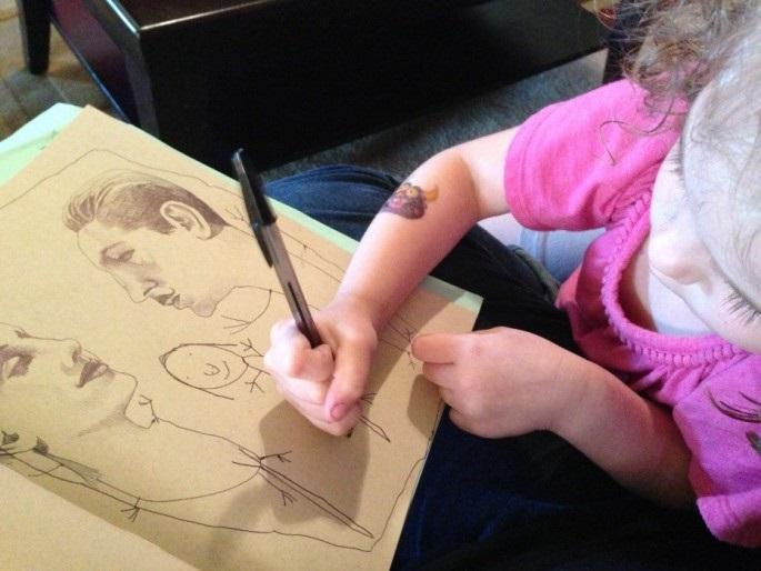 diaforetiko.gr : mikri zografos31 Όταν αυτό το 4χρονο κοριτσάκι ζωγράφιζε η μητέρα της δεν φανταζόταν τι θα ακολουθούσε…