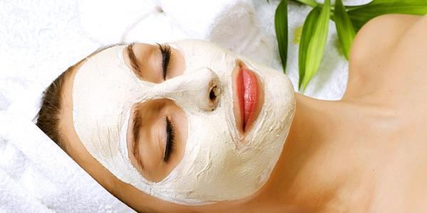 spitikes maskes 680 269609 5G94531 600x300 Αυτή είναι η θαυματουργή μάσκα προσώπου για τέλεια επιδερμίδα... Πώς θα την φτιάξεις;;;