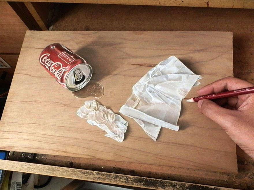 diaforetiko.gr : photorealistic drawing wood ivan hoo 10 Νομίζετε πως βλέπετε τη φωτογραφία ενός σκύλου;;; Για προσέξτε πιο καλά!