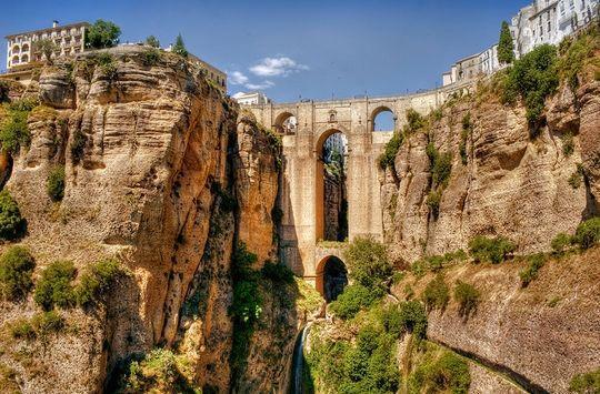 diaforetiko.gr : ronde Φοβερές εικόνες: Οι 20 ωραιότερες γέφυρες του κόσμου! Ανάμεσα τους και μια ελληνική !!