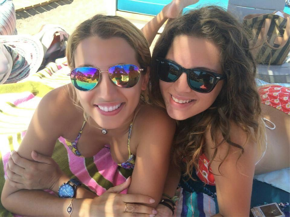 diaforetiko.gr : 020814141458 8906 10 celebrities που οι αδερφές τους είναι ομορφότερες από αυτές!