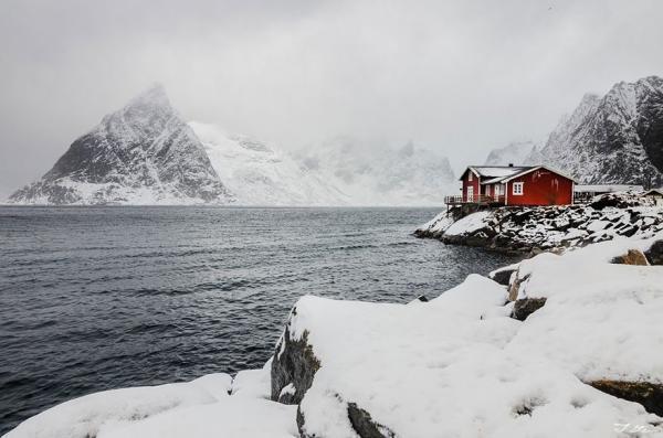 diaforetiko.gr : 1026 600x397 20 μοναχικά μικροσκοπικά σπίτια παραδομένα στη μαγεία του χειμώνα.