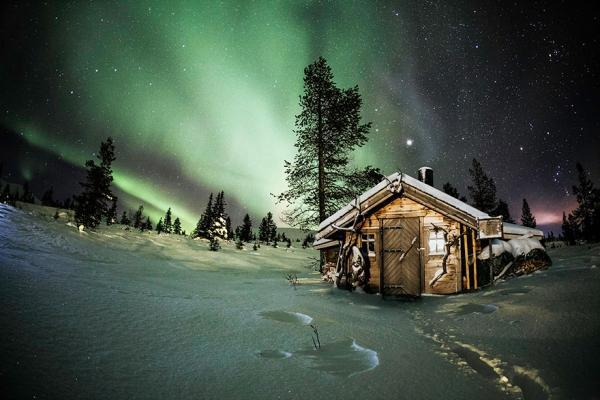 diaforetiko.gr : 344 600x400 20 μοναχικά μικροσκοπικά σπίτια παραδομένα στη μαγεία του χειμώνα.