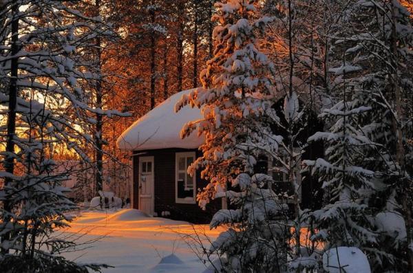 diaforetiko.gr : 624 600x397 20 μοναχικά μικροσκοπικά σπίτια παραδομένα στη μαγεία του χειμώνα.