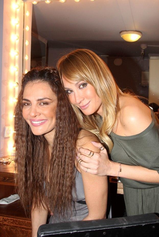 diaforetiko.gr : 8897 DIMITRA KAI MARIA MATSOYKA 011220141 10 celebrities που οι αδερφές τους είναι ομορφότερες από αυτές!