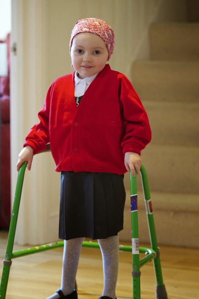 diaforetiko.gr : 300115162242 2722 Συγκλονίζουν οι γονείς 6χρονου κοριτσιού που πάλεψε με τη λευχαιμία