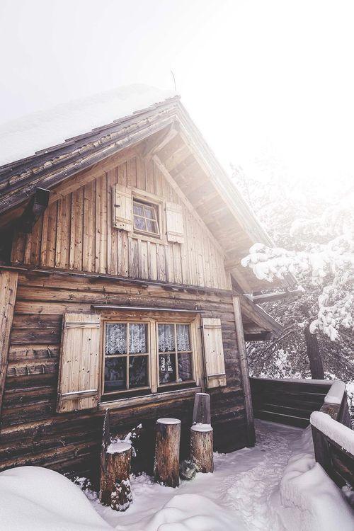diaforetiko.gr : 719 20 μαγευτικές φωτογραφίες από σπίτια που τα κάλυψε το χιόνι.