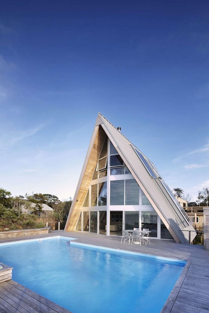 A-Frame-beach-house-pool-area
