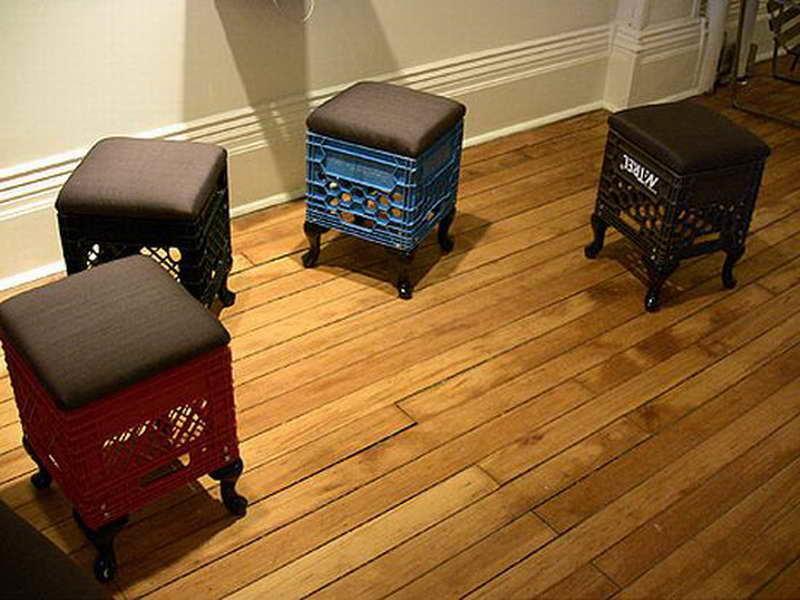 diaforetiko.gr : Milk Carton Furniture with wooden floor 32 Ιδέες για Απίθανες και Μοντέρνες Κατασκευές από Παλιά Καφάσια!