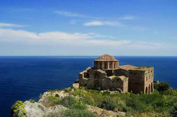 diaforetiko.gr : big monemvasia4 Τα 11 πιο όμορφα ελληνικά χωριά. Αντέχετε τόσο ομορφιά;