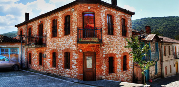 diaforetiko.gr : big psarades Τα 11 πιο όμορφα ελληνικά χωριά. Αντέχετε τόσο ομορφιά;