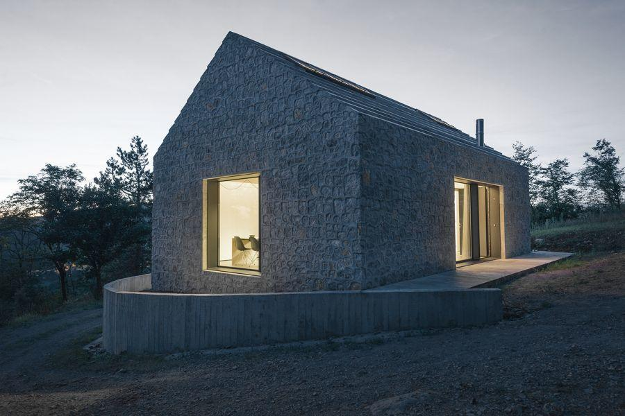 diaforetiko.gr : compact slovenia house exterior Εκπληκτικό! Εξοχικό σπίτι συνδυάζει άψογα την παραδοσιακή με τη μοντέρνα αρχιτεκτονική!!