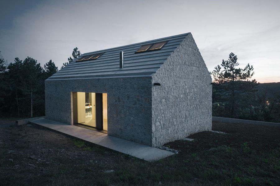 diaforetiko.gr : compact slovenia house Εκπληκτικό! Εξοχικό σπίτι συνδυάζει άψογα την παραδοσιακή με τη μοντέρνα αρχιτεκτονική!!