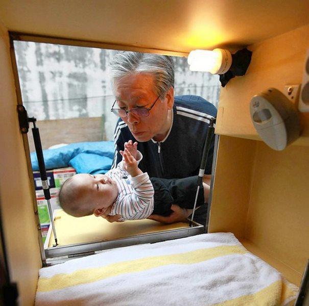 diaforetiko.gr : kouti mwra 2  Υπάρχει ένας άντρας στη Νότια Κορέα που φτιάχνοντας ένα κουτί έσωσε αμέτρητες ζωές παιδιών