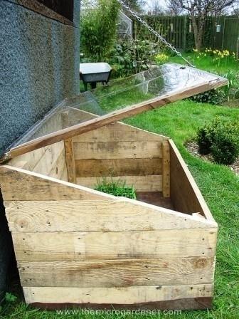 diaforetiko.gr : 1427100686 adaf0ad2e085c835a82b2f021fe236ae Πήραν μερικές παλιές ξύλινες παλέτες και δεν θα πιστεύετε τι έφτιαξαν! Ειδικά το νούμερο 19 είναι τόσο πανέμορφο και λειτουργικό!
